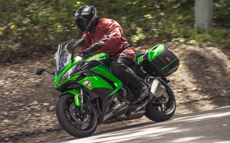 2017 Kawasaki Ninja 1000 ABS - First Ride Review