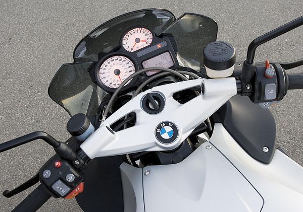 2006 BMW K1200R gauges